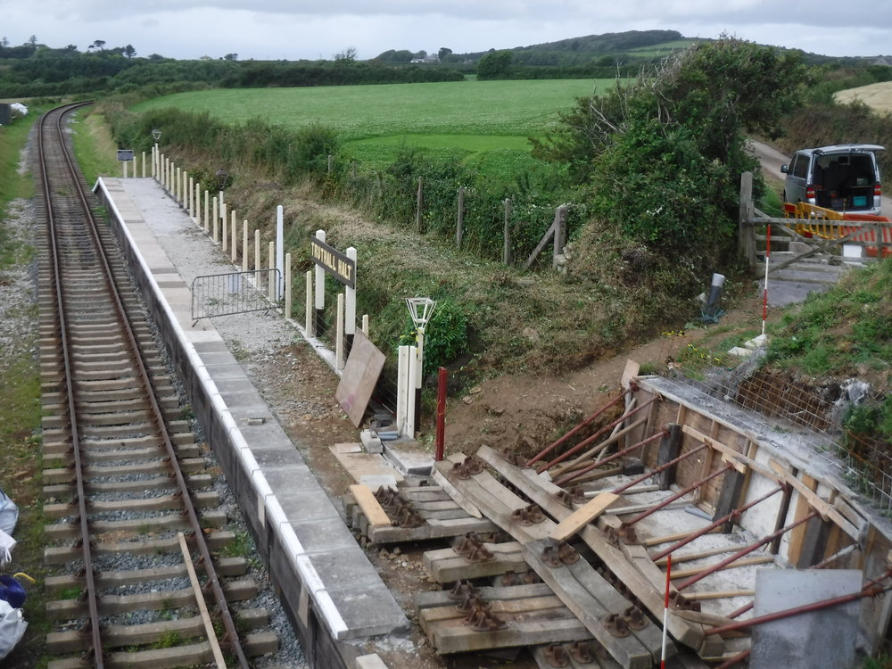2017-07-27 Truthall Halt embankment support.jpg