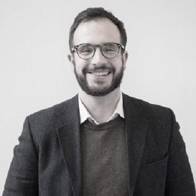 David J. Offenwanger M.A., Geschäftsführer    Kontakt:   david.offenwanger@ca-unternehmensethik.org   Ansprechpartner bei Fragen zu Kooperationspartnern, Rechtlichem und Finanzen.