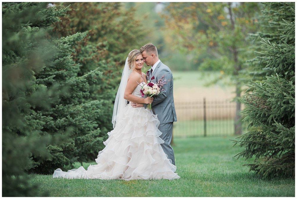 Blue Haven Barn South Dakota Summer Wedding_0046.jpg