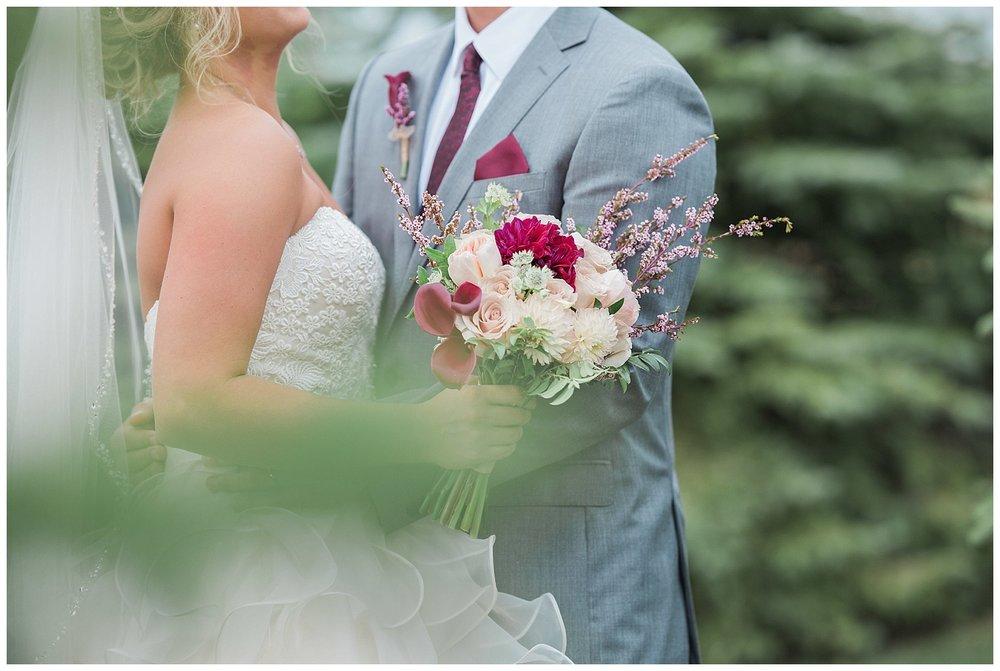 Blue Haven Barn South Dakota Summer Wedding_0053.jpg