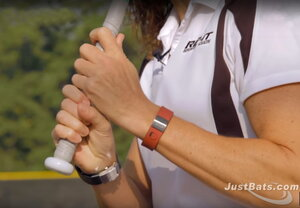 "GRIP - BEGIN BY LINING UP YOUR ""KNOCKING KNUCKLES"" & THEN ADJUST FOR COMFORT"