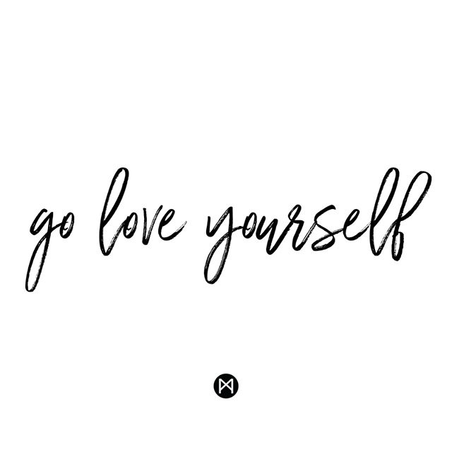 Don't waste a minute of your Sunday on negativity. Do something, anything, that makes your life happier. A tidy house? Get your organization on. Brunch with friends? Send that grouptext. A good sweat? Check the hot yoga sched. Love on YOU! #liveyourmuse #sundayfunday #loveyourself