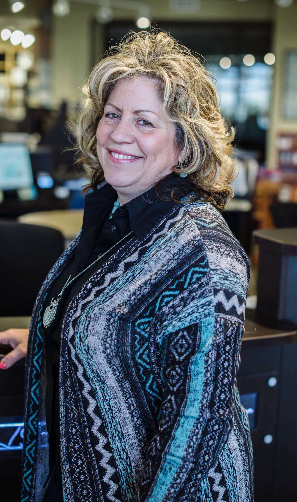 Vicki Wren-Eultgen, color specialist at JPD!