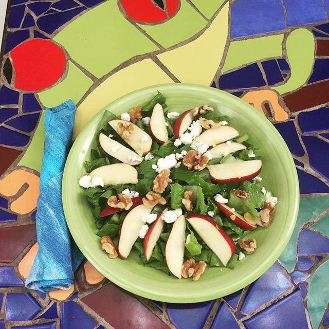 Salad lovers 🥗🍎 . . #salad #healthyfood #healthyliving #labuenvidahotel #santacatalina #veraguas #visitpanama
