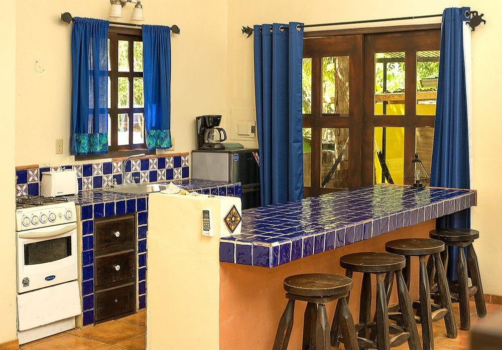 bar cocina-1 (Medium).jpg