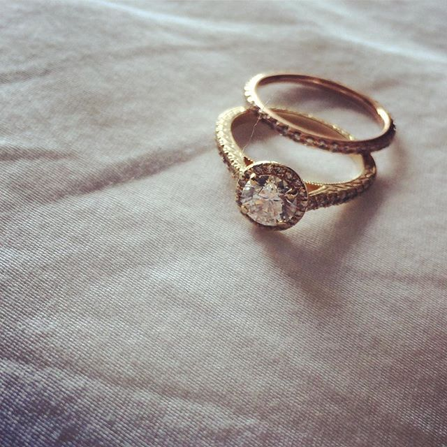 Pretty little things #chicagojeweler #diamondring #allgoldeverything