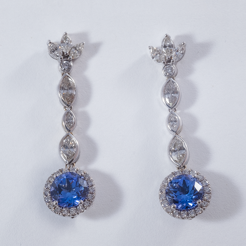 Earring_gallery_03.png
