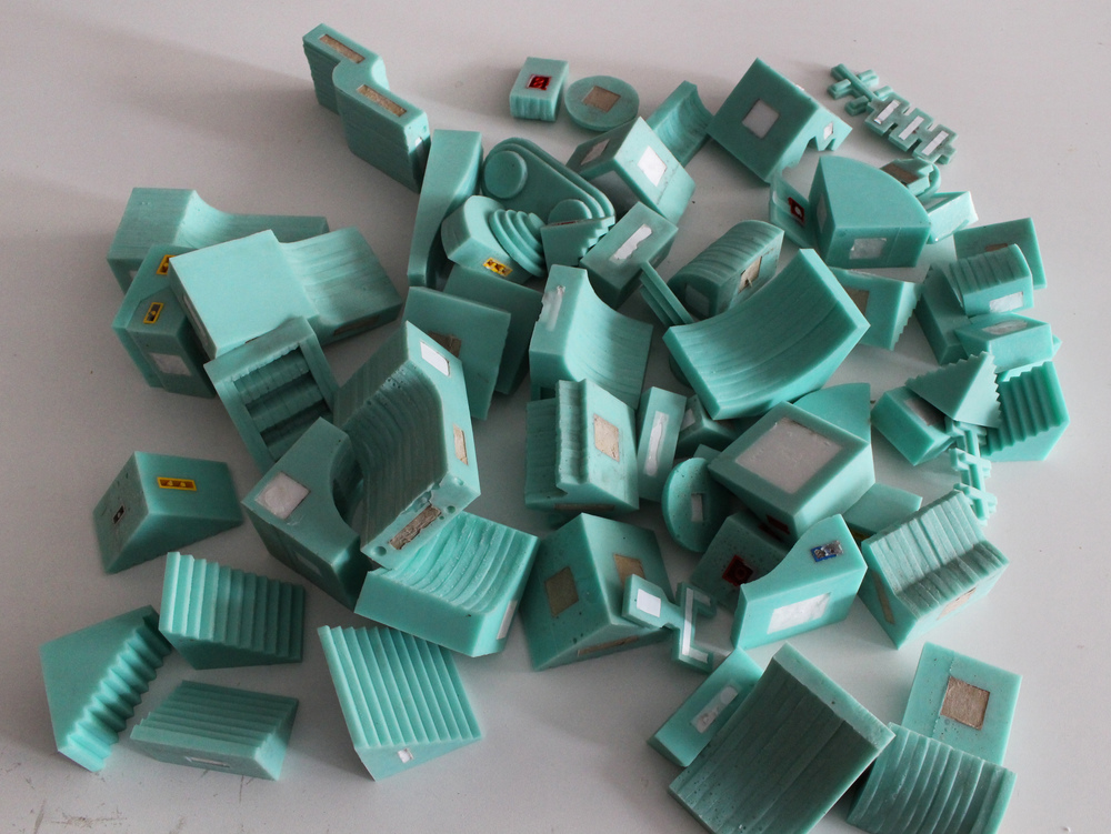The modular, silicon molds used by sculptor David Umemoto