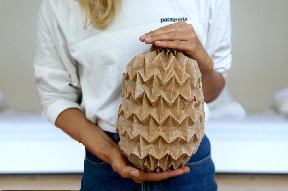 Jule exhibits an 'unfolded' object