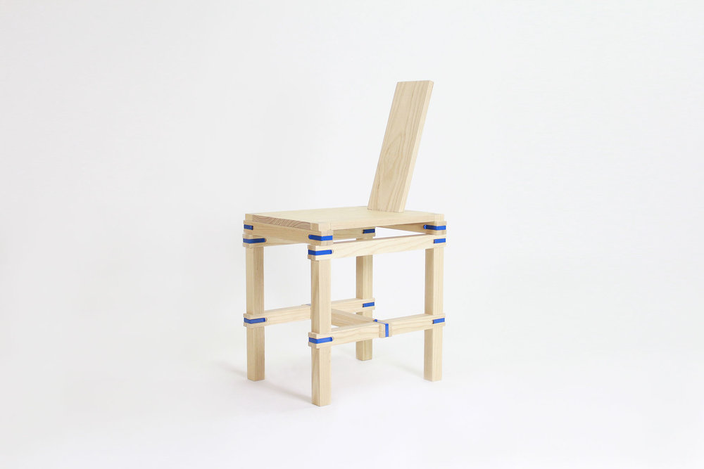 Jorge Penadés' Nomadic Chair–a versatile and flexible furniture piece, based on a detachable structure without screws, nails or glue.