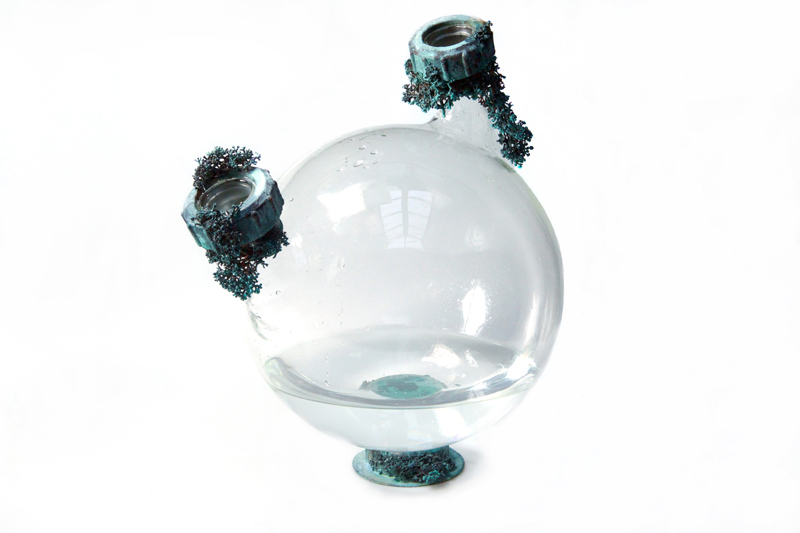 Katrin Spranger,  Aquatopia-Waterobjects : Glass, Water, Electroformed metal
