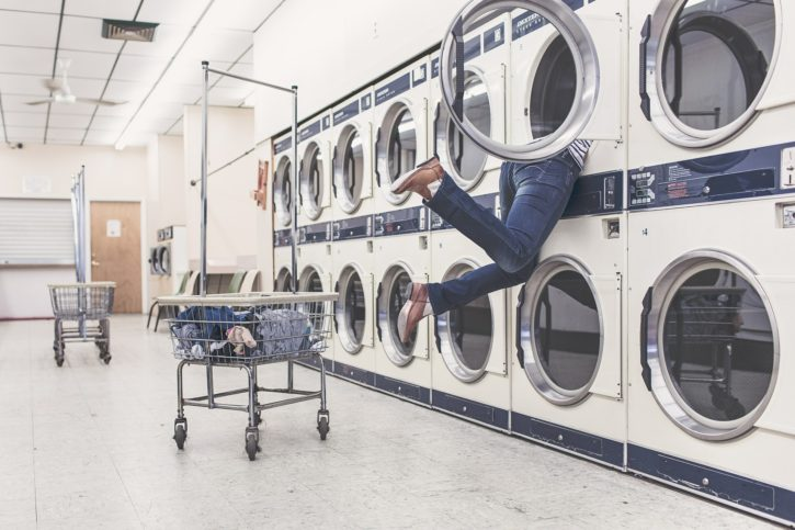 laundry-413688_1920-725x483.jpg