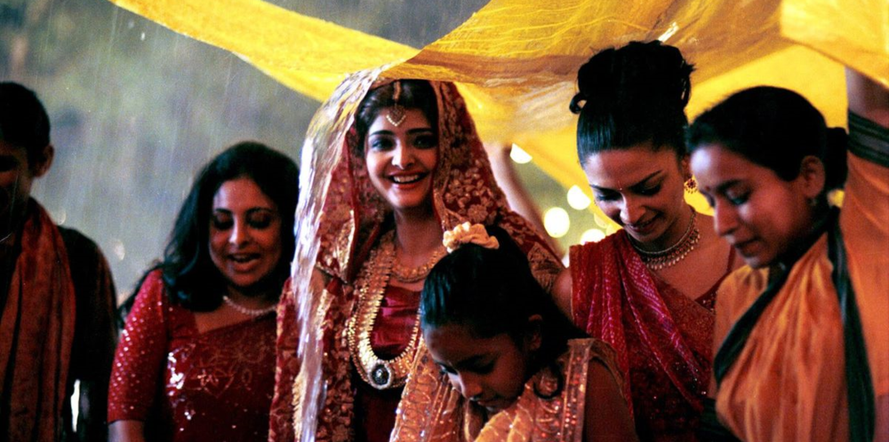 Shefali Shetty, Vasundhara Das, and Tillotama Shome star in director Mira Nair's Monsoon Wedding
