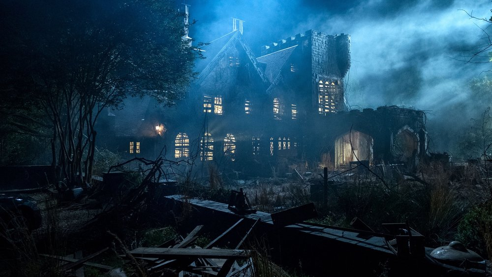 teaser-trailer-and-photos-from-netflixs-the-haunting-of-hill-house1.jpeg