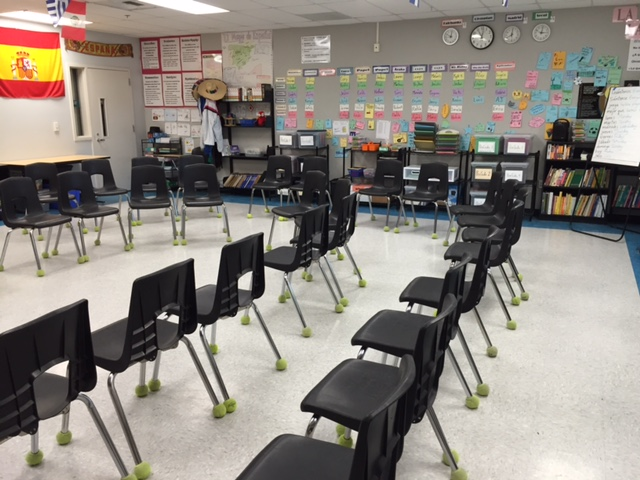 MY DESKLESS CLASSROOM — Teachers That Teach