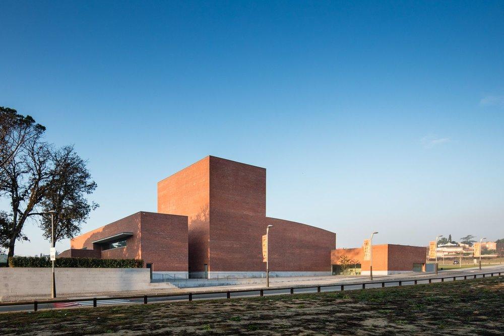 teatro-auditorio-llinars-valles-1