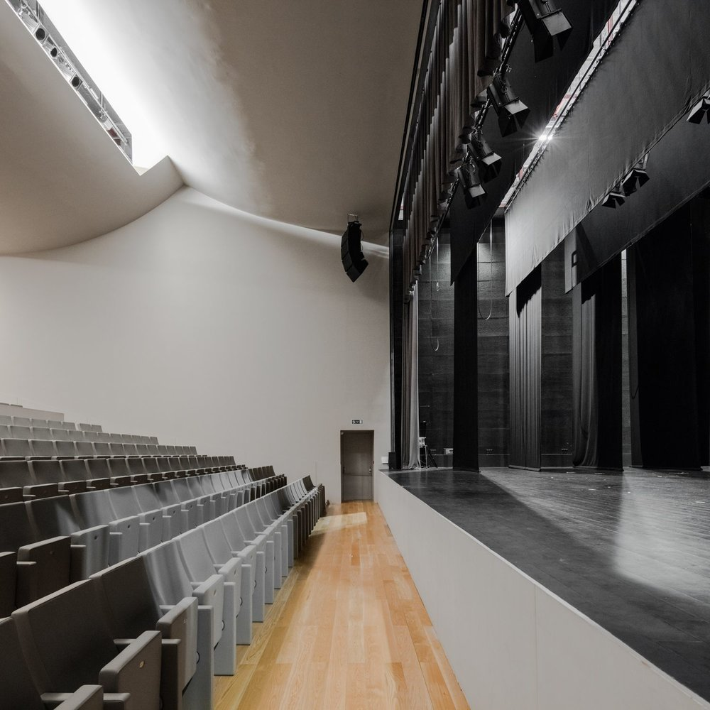 teatro-auditorio-llinars-valles-12