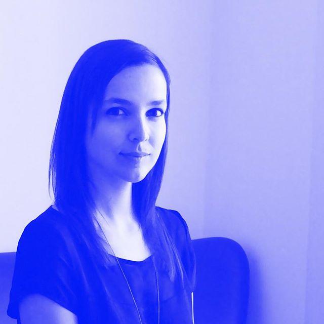 PENSA RÁPIDO entrevista a @mariafreitassacramento do atelier @designwaysstudio (link na bio) - interview with @mariafreitassacramento from @designwaysstudio (link in bio) - +https://www.portuguesematters.com/blog/2018/2/2/pensa-rapido  #portuguesematters #pensarapido #designgrafico #graphicdesign #designportuguês #portuguesedesign #entrevista #interview #designwaysstudio #portugal