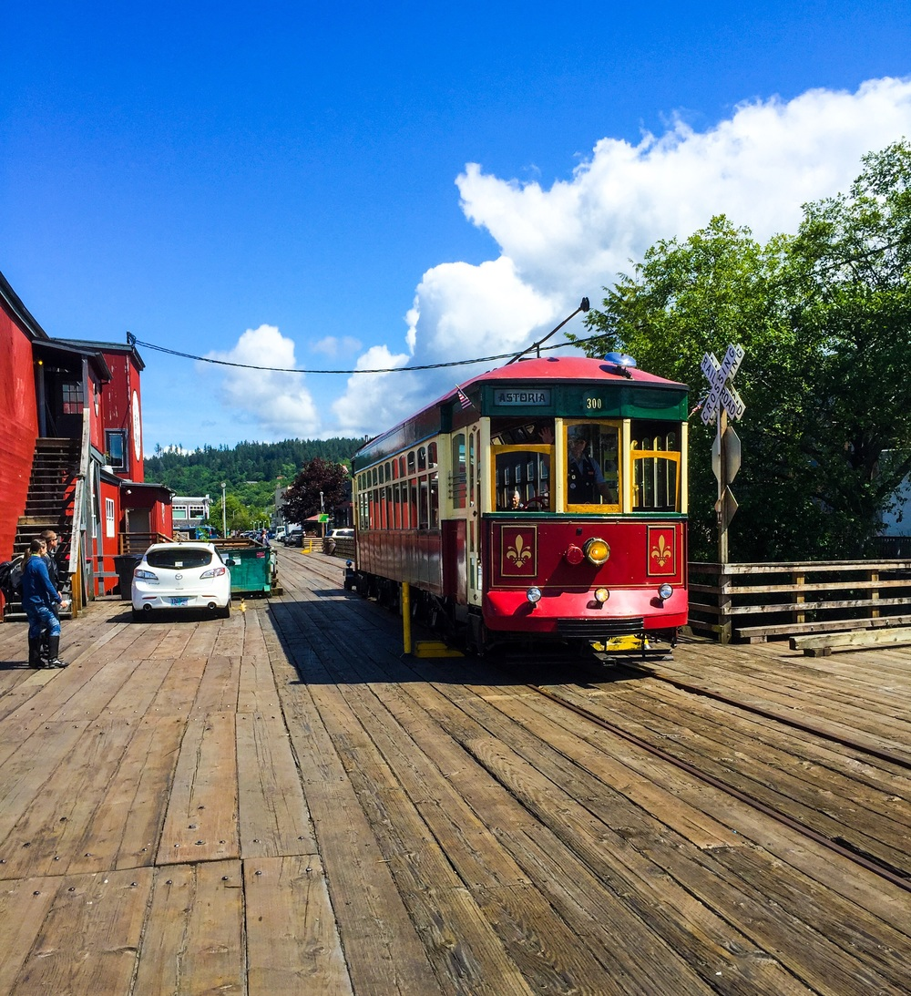 The Astoria Riverfront Trolley.