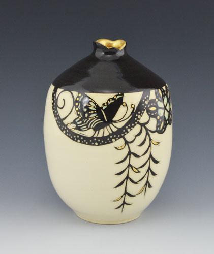 SS Butterfly Vase 500pix.jpg