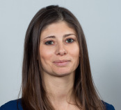 Dr Celine De Looze