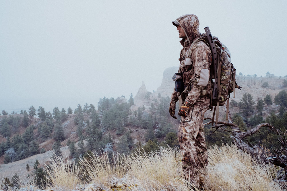WYOMING - —Seven days hunting mule deer and pronghorN—
