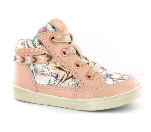 Kindervoetjes....daar wil je goede schoenen voor.