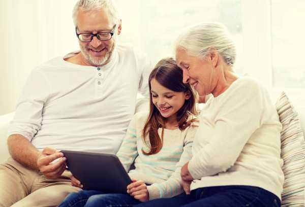 bigstock-family-generation-technology-94230260-600x408.jpg