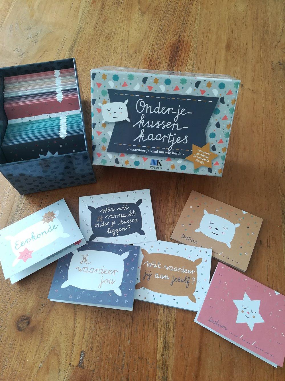 Onder je kussen kaartjes - Wat waardeer jij aan je kind? Schrijf het op en leg het onder het kussen. Voor een gezond gevoel van eigenwaarde.#samendoen