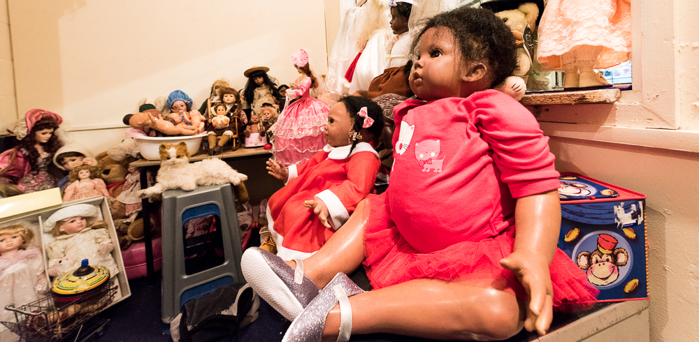 DE Dolls.jpg