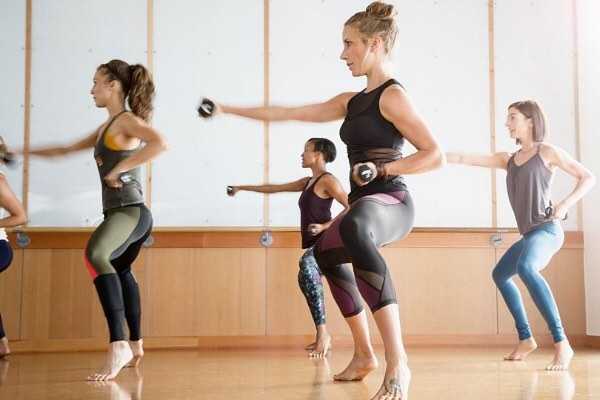 Barre is one of the latest fitness trends, so we had one of our writers test out the best barre studios around NYU. Check our the link in our bio to read her experience and find a barre studio of your own! #nyufashion