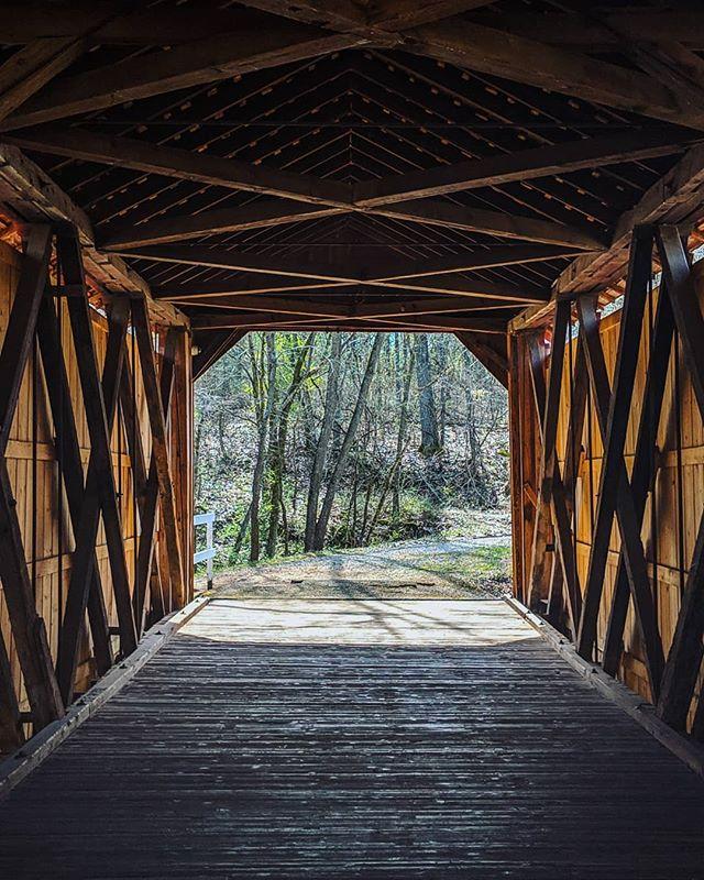 The world needs more covered bridges. 👌 #exploremissouri #stl(ish)
