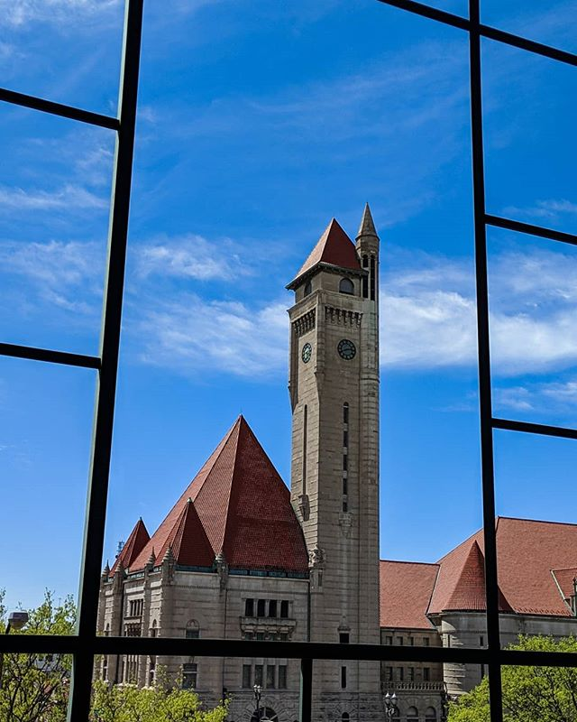 Union Station looked great during the Spring of Deception, but now, it's back to Third Winter.