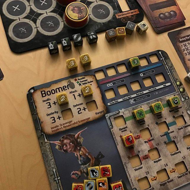 TOO MANY BONES. #dicegames #toomanybones #boardgames #boardgame #analoggames #tabletop #tabletopgames #bgg #boardgamegeek  #tabletopgaming #boardgamesofinstagram #juegosdemesa #rumandboard #boardgaming #boardgamenight