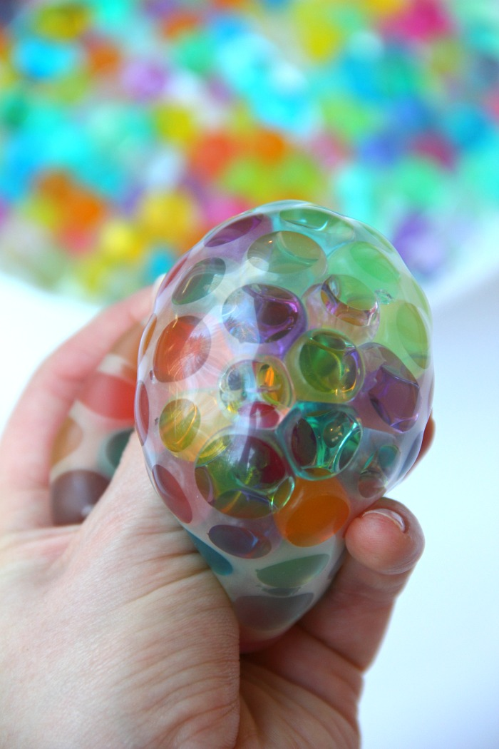 SOURCE:https://bitzngiggles.com/water-bead-stress-ball/