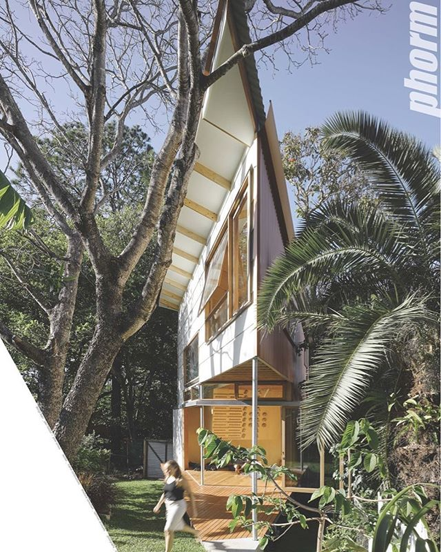 Taringa Treehouse won the 2017 State Award for Small Projects. We are acutely happy and honored to receive this award and for the Treehouse to be present at the National Awards in Canberra later this year @institute_architects_qld #taringatreehouse Our thanks to the State Jury and Chair and to the other shortlisted entries in the Small Projects Category. Huge congratulations to our amazing clients and builder @marvelconstructions and photographer @christopherfrederickjones. http://www.ga-ada.co.jp/English/ga_houses/gah150.html @yohei.omura #phorm_architecture