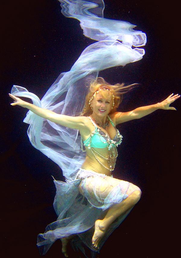 UnderwaterBellyDanceCARD2.jpg