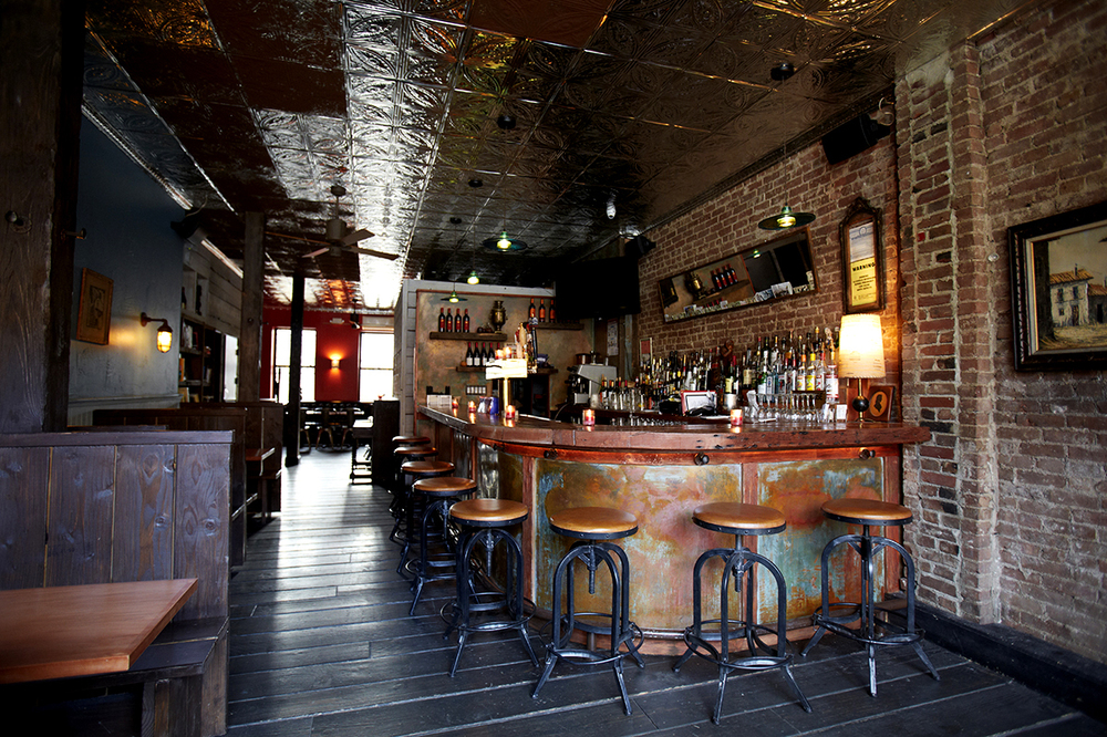 Interior_Bar_Main.jpg