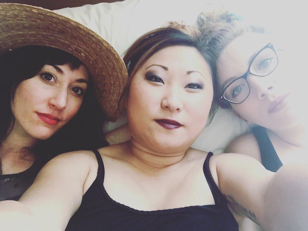 Jo, Nikia and Scarlett