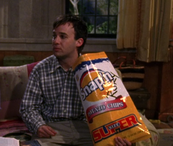 I'm just sad this giant bag of chips on Gilmore Girls isn't on the Let's resume because it's amazing. Maybe for another potato chips post...