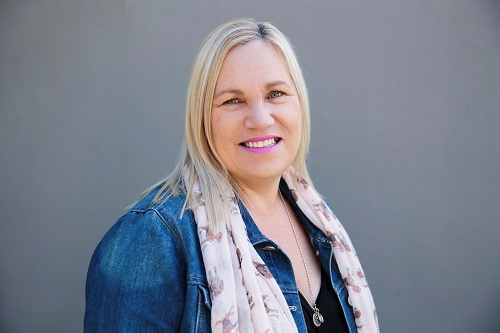 Dianne  is our in-house nutritionist who believes in using food as medicine. She has been practicing in the natural health industry for over 20 years and also has experience in aromatherapy and massage.  Learn More