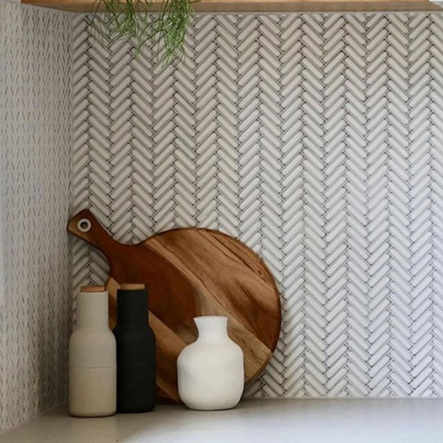 So in love with this kitchen by @yourbeautifulhome.com.au you guys have truely transformed this home! #herringbone #kitchen #cooking #interiordesign