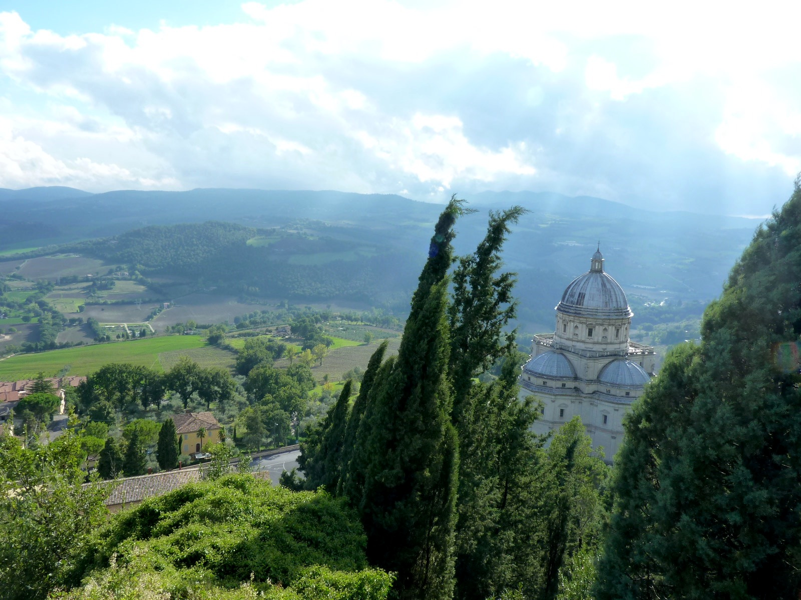 Todi Basilica
