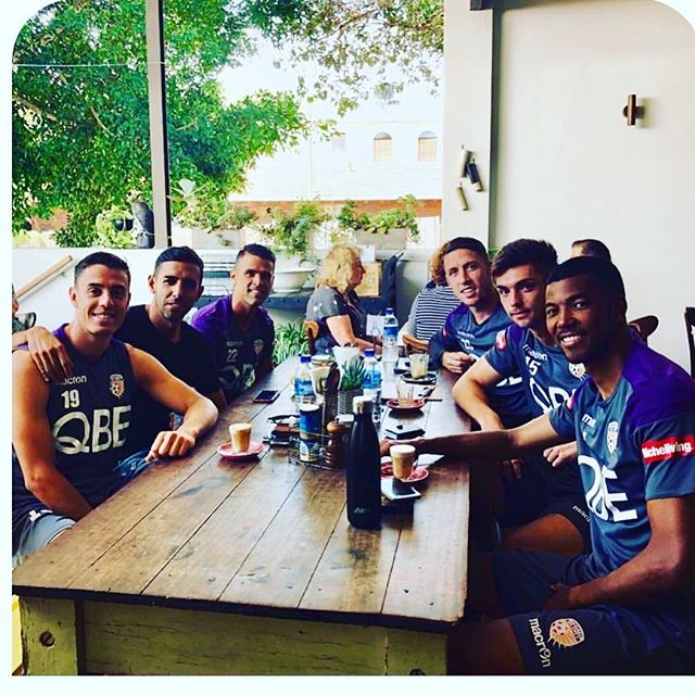Thanks for the visit boys......good luck on the weekend  @perthgloryfc @gillstcafe
