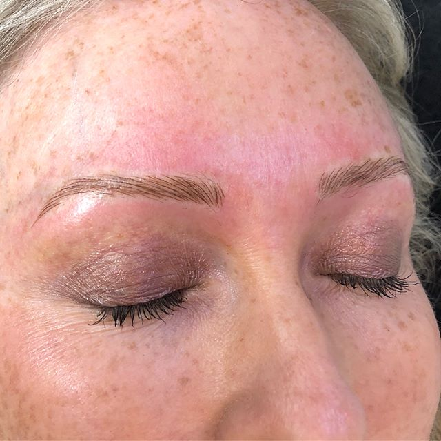 Microblading on blonde brows ✨ Brow Tattoo - $599 which includes your free consultation , 2 tattoo treatments that are booked 4 weeks apart and your aftercare treatment. . . . . #thelookstudio #eyebrow #tattoo #microblading #feathering #cosmetictattoo #melbourne #hawthorn #beauty #brows #lashes #eyelashextensions