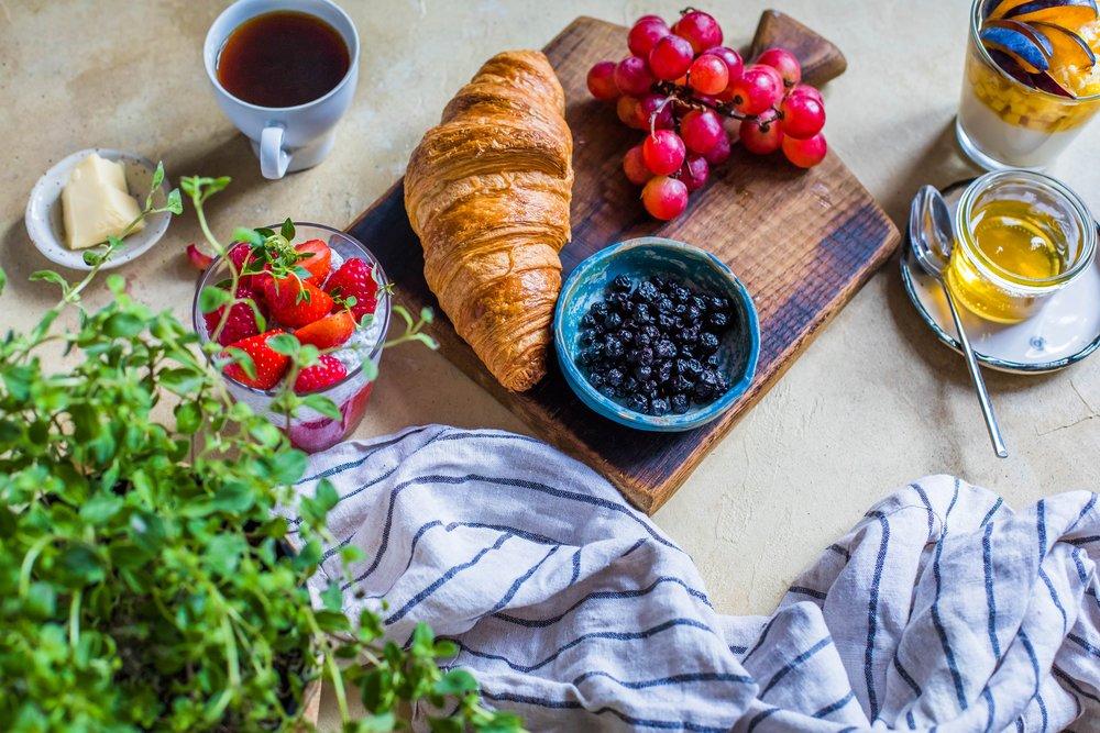 bread-croissant-delicious-1510683.jpg