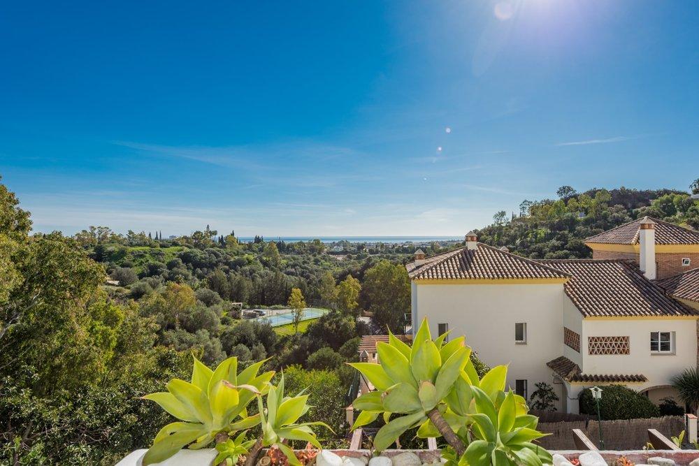 Open House - Puerto del Almendro - Las Terrazas - Alfonso Lacruz - Real Estate - Benahavis - Properties
