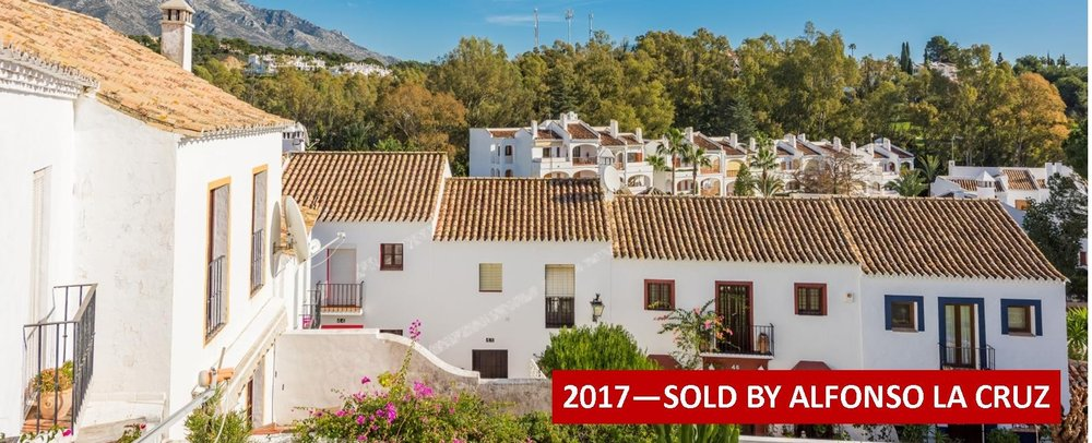 Town house for sale el naranjal nueva andalucia marbella