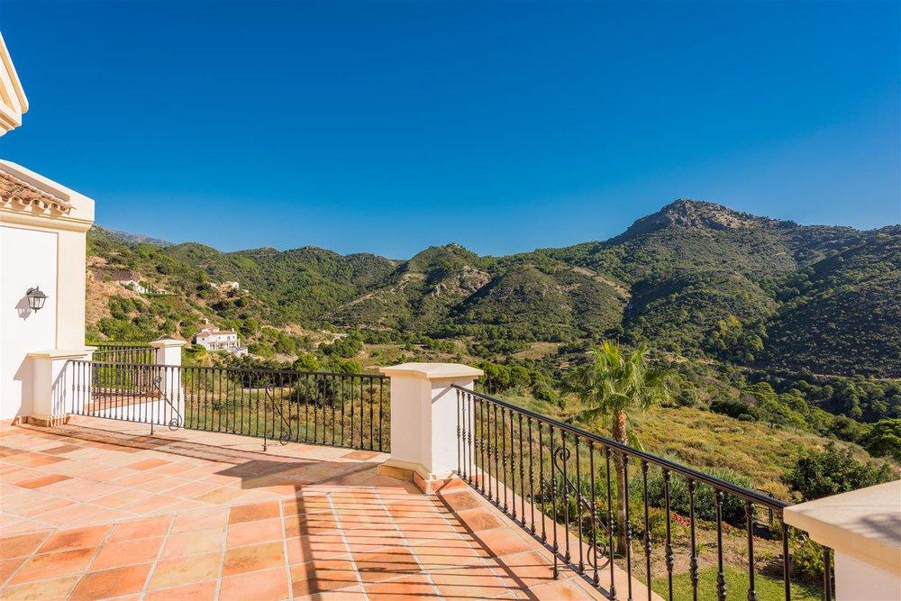 Villa Montemayor-M (Large).jpg