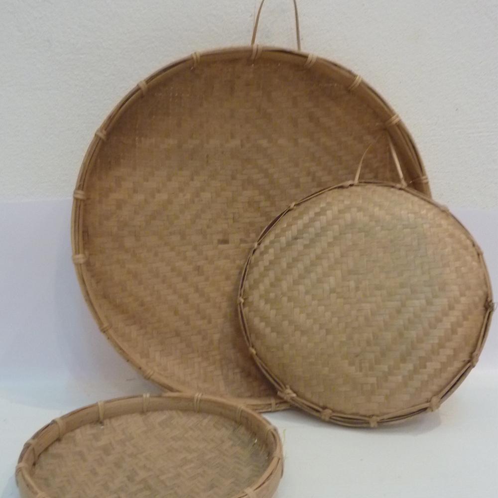 Lao Kadong (round bamboo tray)